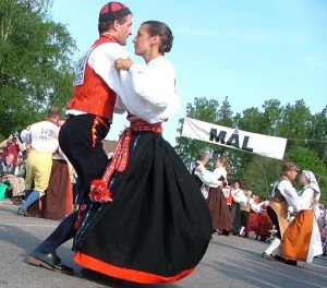 Contestants in Hälsingehambon Picture from treffpunkt-schweden.com