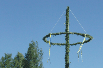 Midsummer Maypole